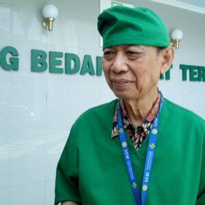 Ketua Tim Pusat Spesialis Kembar Siam RSUD Dr Soetomo Tutup Usia