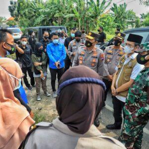 Antisipasi Lonjakan Covid-19 di Bangkalan, Kapolda Bersama Forkopimda Jatim Laksanakan Manajemen Krisis