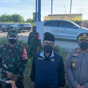 Angka Kasus Positif Covid-19 di Bangkalan Melonjak, Forkopimda Pamekasan Lakukan Penyekatan dan Rapid Antigen Acak