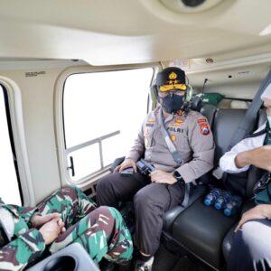 Melalui Jalur Udara, Kapolda Jatim Bersama Forkopimda Lakukan Pengecekan Pemberlakuan PPKM Darurat