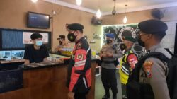 Tekan Peyebaran Covid 19, TNI-Polri Dan Satpol PP Bersinergi Giat Yustisi di Gresik