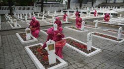 HKGB Ke 69, Bhayangkari Cabang Gresik Lakukan Ziarah Di Taman Makam Pahlawan